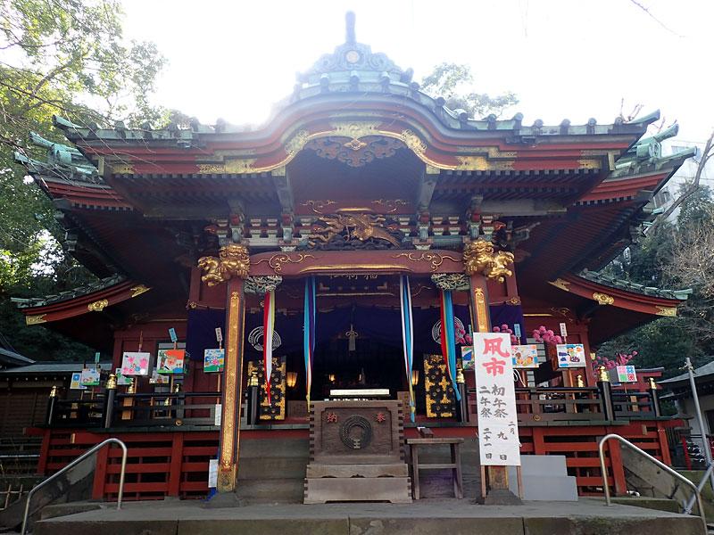 王子稲荷神社拝殿