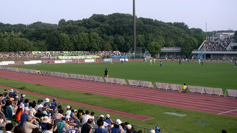 町田ギオンスタジアムの昔の芝生席