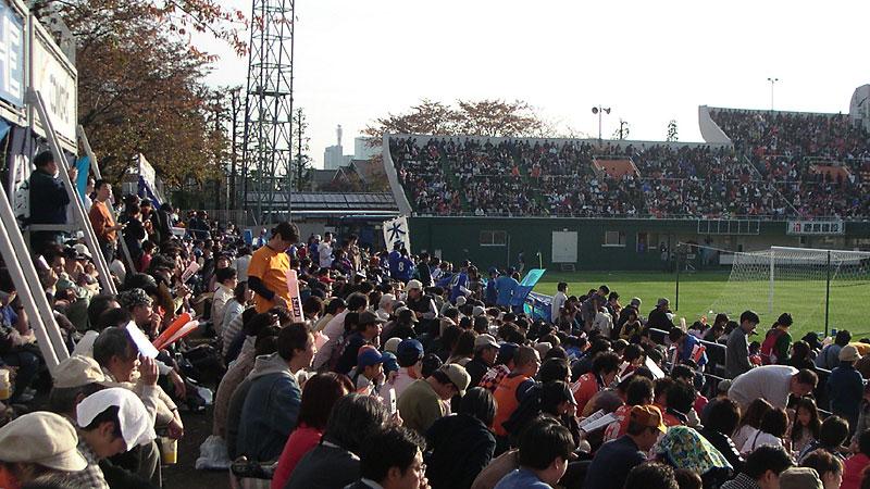 大宮公園サッカー場サイドスタンド