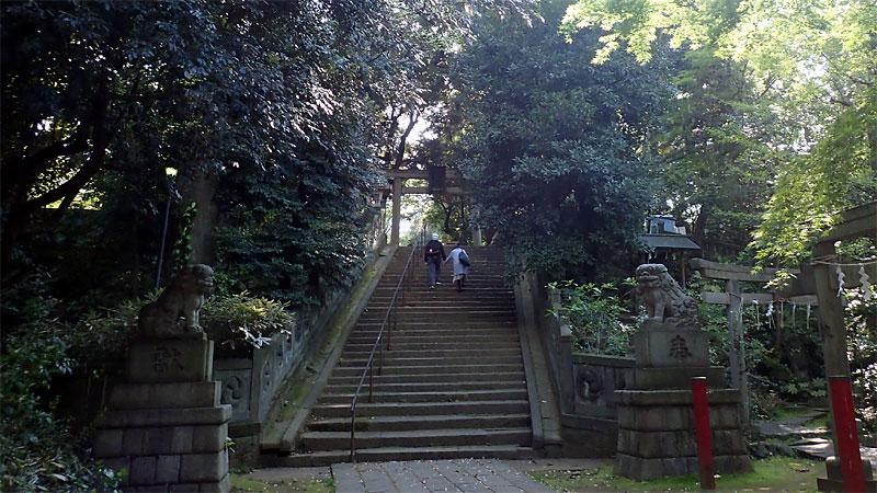 赤坂氷川神社の西の参道