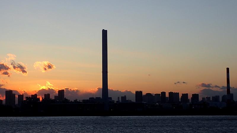 荒川河口の夕陽