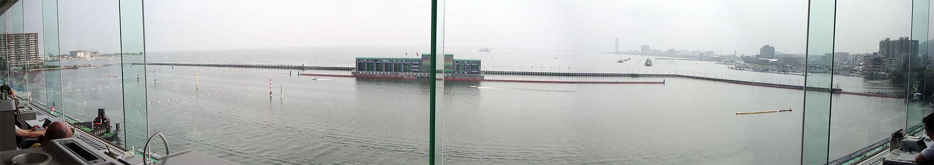 びわこ競艇場4階からパノラマ