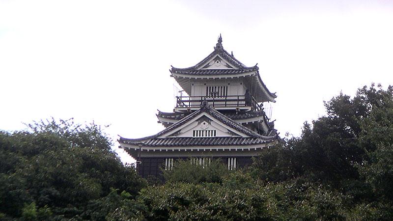 浜松城復元天守(遠景)