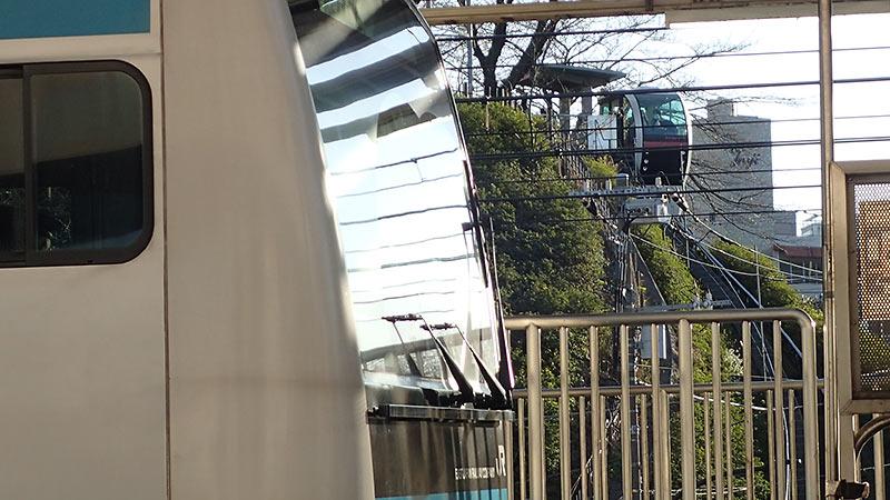 あすかパークレールとJR京浜東北線