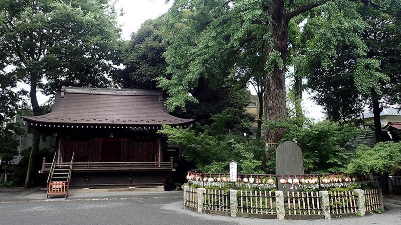 七社神社舞殿