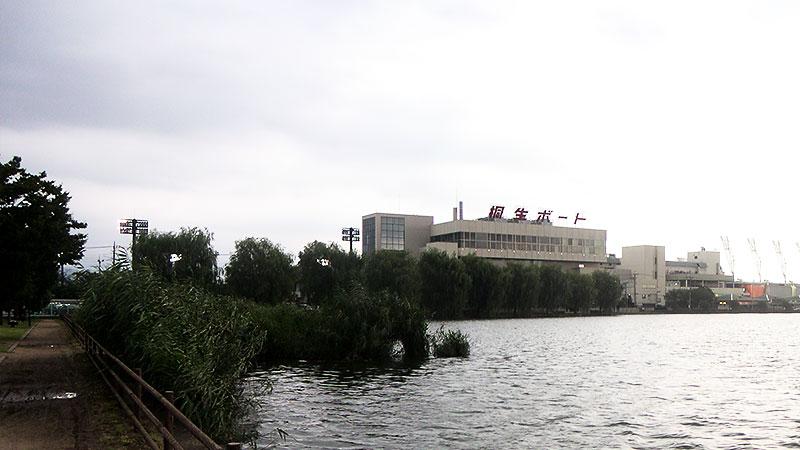 桐生競艇場入口